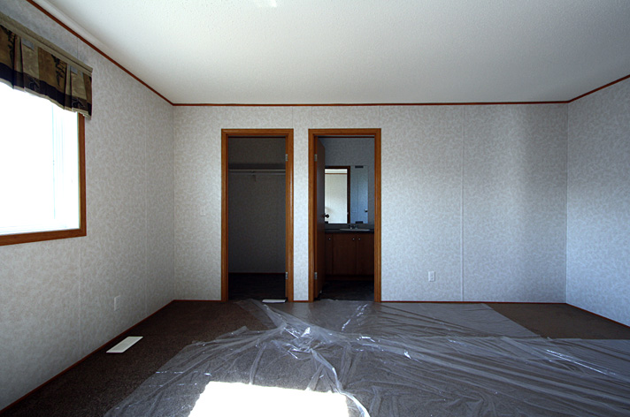 Very spacious master bedroom with a walk-in closet and a full 3 piece ensuite bath.